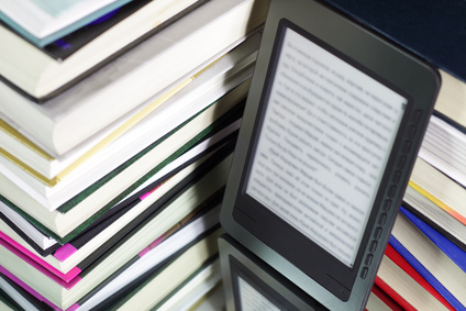 Perché amiamo libri cartacei ma giornali online?