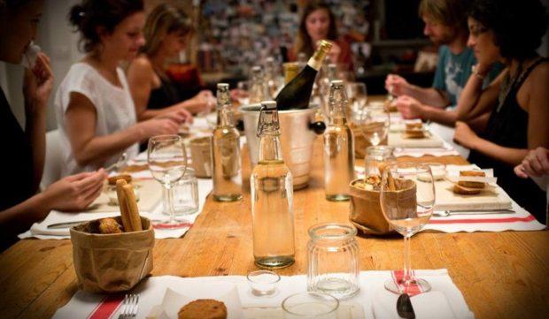 Social eating: stasera chi viene a cena?