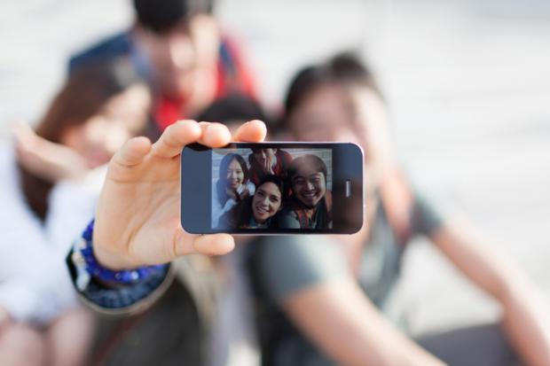 L'utilità dei selfie? La dimostrano alcune campagne e applicazioni