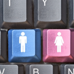 Gender digital divide: le donne e l'adozione del digitale