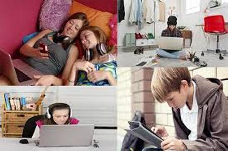 Adolescenti e internet, ma cosa fanno in rete?