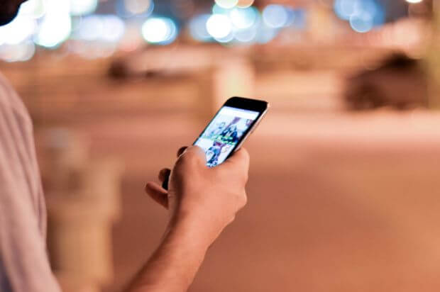 Come si informano i Millennial: una panoramica tra video, scrolling e notizie personalizzate