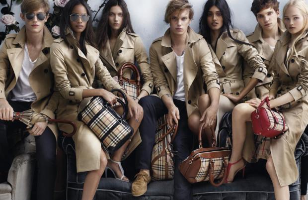 Brand di lusso dal cartaceo al digitale: come si è evoluta la campagna di promozione