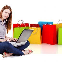 Shopping online e donne: sono loro ad usare di più Internet per gli acquisti