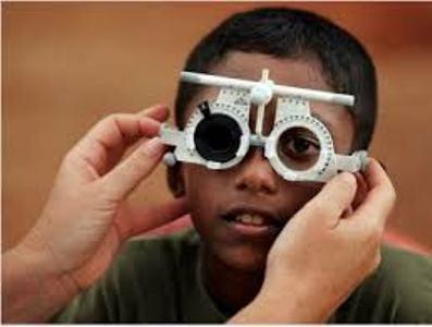Pubblicità sociale per sottolineare l'importanza della vista