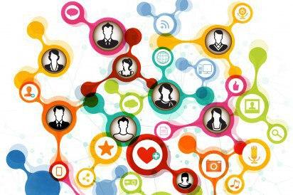 Ricordi sui social media: come Facebook&co hanno preso il posto della memoria