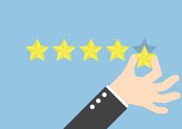 I numeri, i rischi e le azioni già intraprese per combattere il mercato delle recensioni false