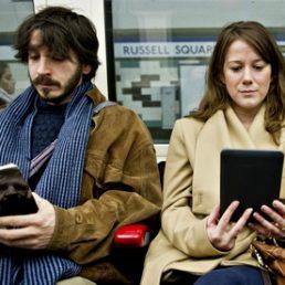 Lettura digitale: le abitudini degli americani tra e-book e audiolibri