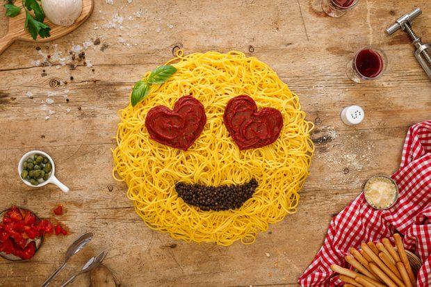 Emoji: alla ricerca di un linguaggio universale tra progetti e iniziative