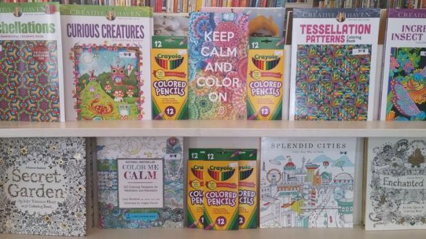 Libri da colorare: perché piacciono agli adulti e diventano strumento di branding