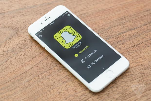 Snapchat in difficoltà? Tutte le novità contro il declino