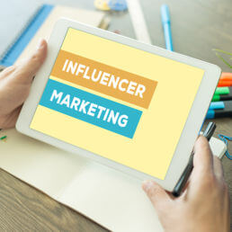 Influencer marketing: cos'è e come creare una strategia