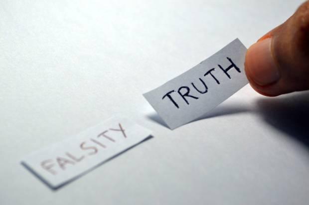 Fact-checking journalism: così la verifica delle informazioni diventa genere giornalistico