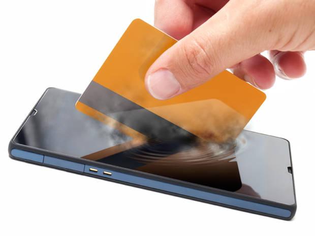 Gli spot Banca Mediolanum per le applicazioni Pay: tra differenze e analogie