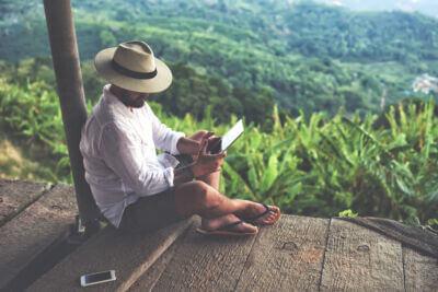 Tempo libero davanti allo schermo: come incide sul benessere degli utenti