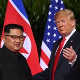 Linguaggio del corpo Trump e kim
