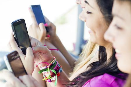 Se gli adolescenti sui social network non scelgono più Facebook (o quasi)