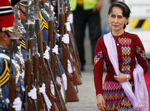come si vestono i politici aung san suu kyi