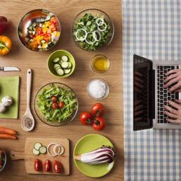 Settore del food: dati 2018 su abitudini e consumi online