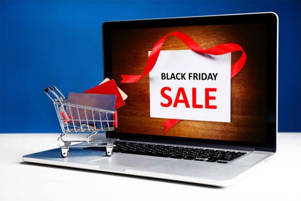 Shopping online natalizio 2018: con il Black Friday si acquista sempre più in anticipo