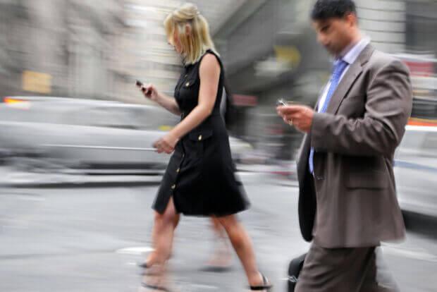Molte app tracciano la posizione degli utenti: come vengono usati questi dati?
