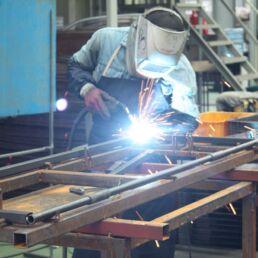 Settore manifatturiero tra innovazione e problematiche