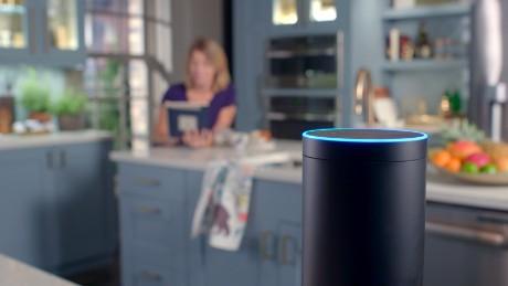 Le conversazioni con Alexa ascoltate dai dipendenti e l'impossibilità di cancellarle (veramente)