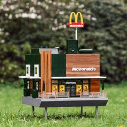 Aperto un micro McDonalds per le api