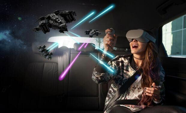 Intrattenimento in viaggio: esplorare mondi fantastici, con la realtà virtuale, e le altre proposte dei brand di auto