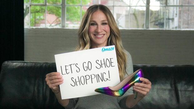 Fare shopping con Sarah Jessica Parker e per una buona causa? Arriva un contest che premia così