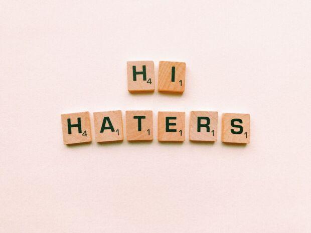 Perché sempre più brand si impegnano in campagne di comunicazione contro haters e troll