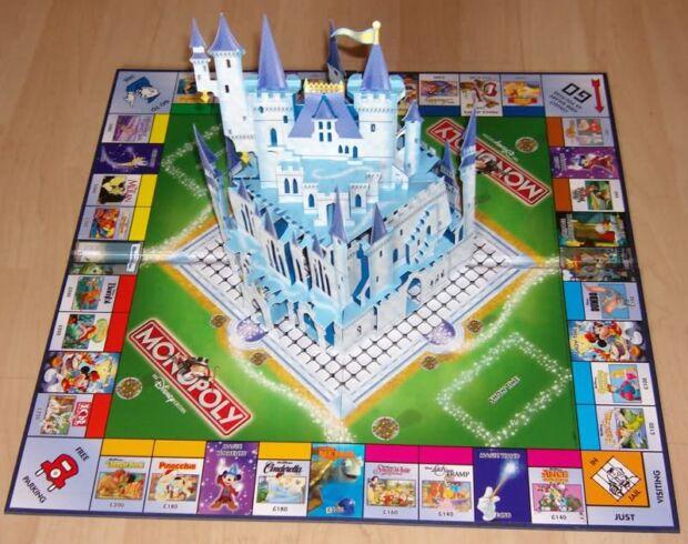 Monopoly: il gioco da tavolo insegna come un prodotto può evolversi e appassionare più generazioni