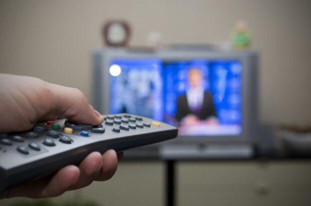 Auditel e Censis esplorano i consumi audiovisivi degli italiani e segnalano (finalmente) una svolta verso la cross-canalità