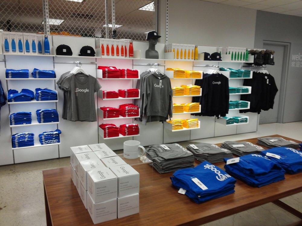 Google merchandise store. Fonte: Yelp.
