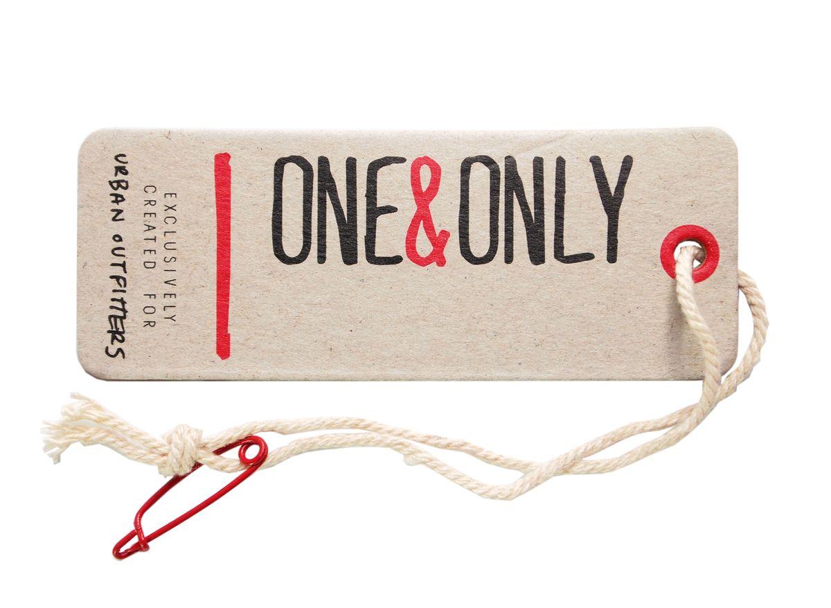 Esempio di etichetta con spilla da balia, facilmente rimovibile. Fonte: Pinterest. Wardrobing