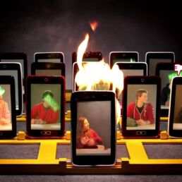 Cyberbullismo in Italia: quanti casi e che fare