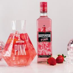 Beefeater Pink: un gin rosa per attirare i Millennials