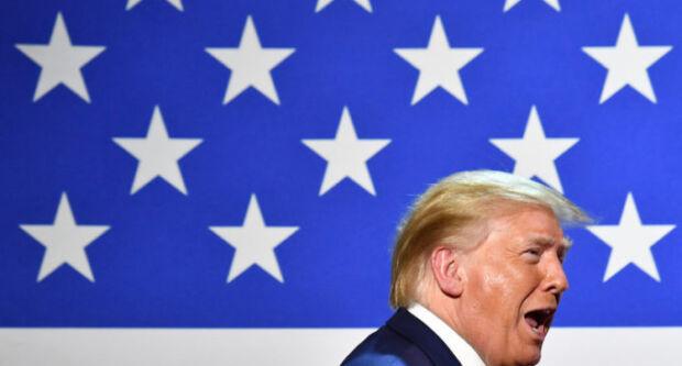 Perché Facebook ha bloccato ads di Trump che usavano simboli nazisti e a che punto è la querelle tra il governo americano e le big digitali