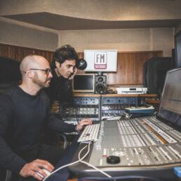 FM RECORDS MUSIC (2)