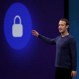 Facebook non funzionerà più in Europa se non potrà trasferire dati in USA?
