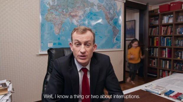 analista della BBC interrotto in diretta dai figli testimonial di Twitter